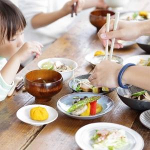 """""""家庭の食卓""""を守る「料理のサブスク」とは?出張料理サービスが実現する、次世代の食卓の姿"""