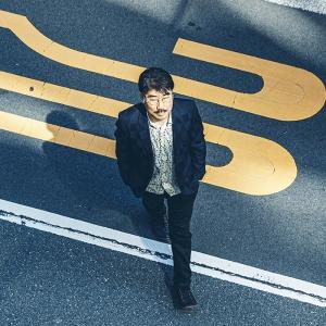 亀田誠治 ── 音楽は人を、時代を、なだらかにつなげる